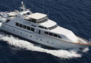 motor yacht independece 2