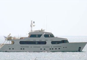Motor yacht sirius