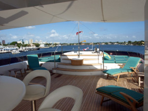 Motor Yacht Relentless Charter Vacations